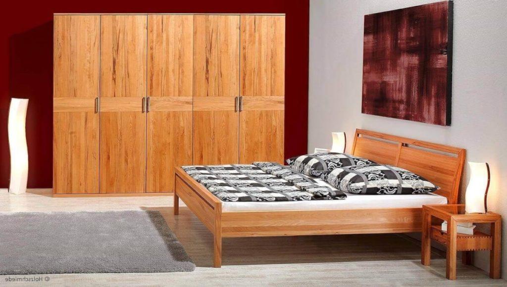bett lucca in massivholz mit passendem kleiderschrank. Black Bedroom Furniture Sets. Home Design Ideas