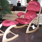 relax-sessel-mit-hocke-bewegliche Sitz-und-rueckenlehnen-buche-mikrofaser-wolff-tischlerei-gmbh-heeslingen-bei-zeven